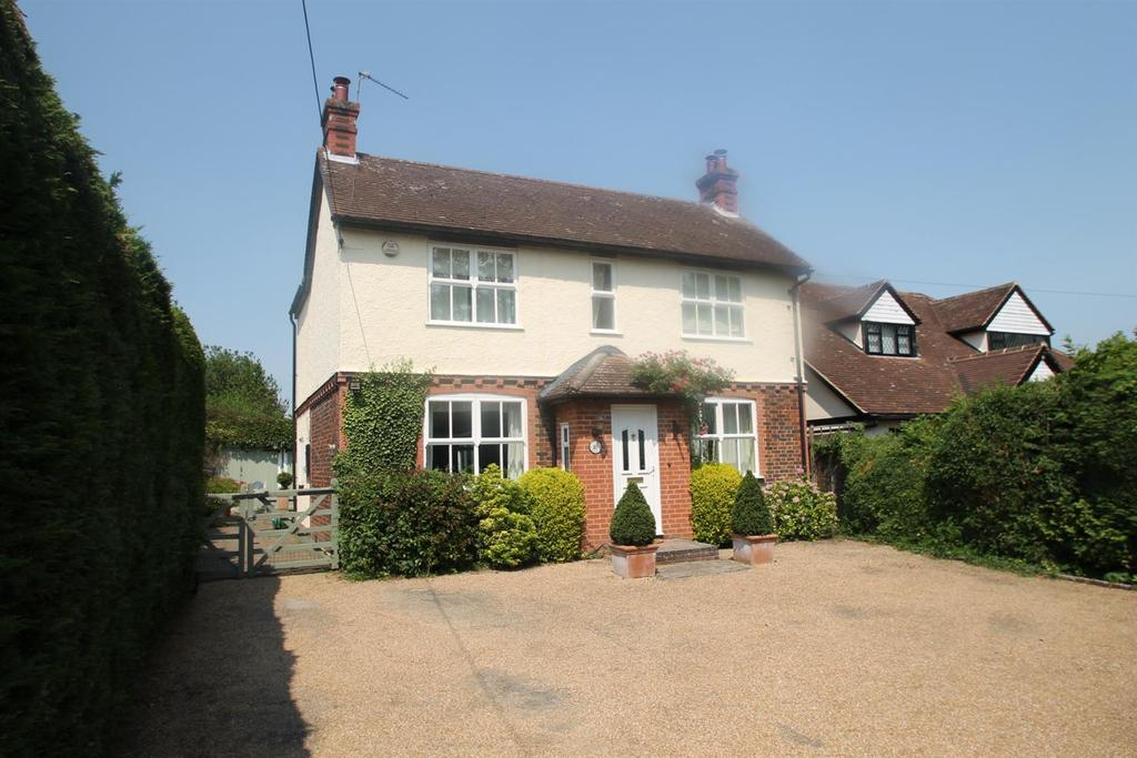 4 Bedrooms Detached House for sale in London Road, Ryarsh, West Malling