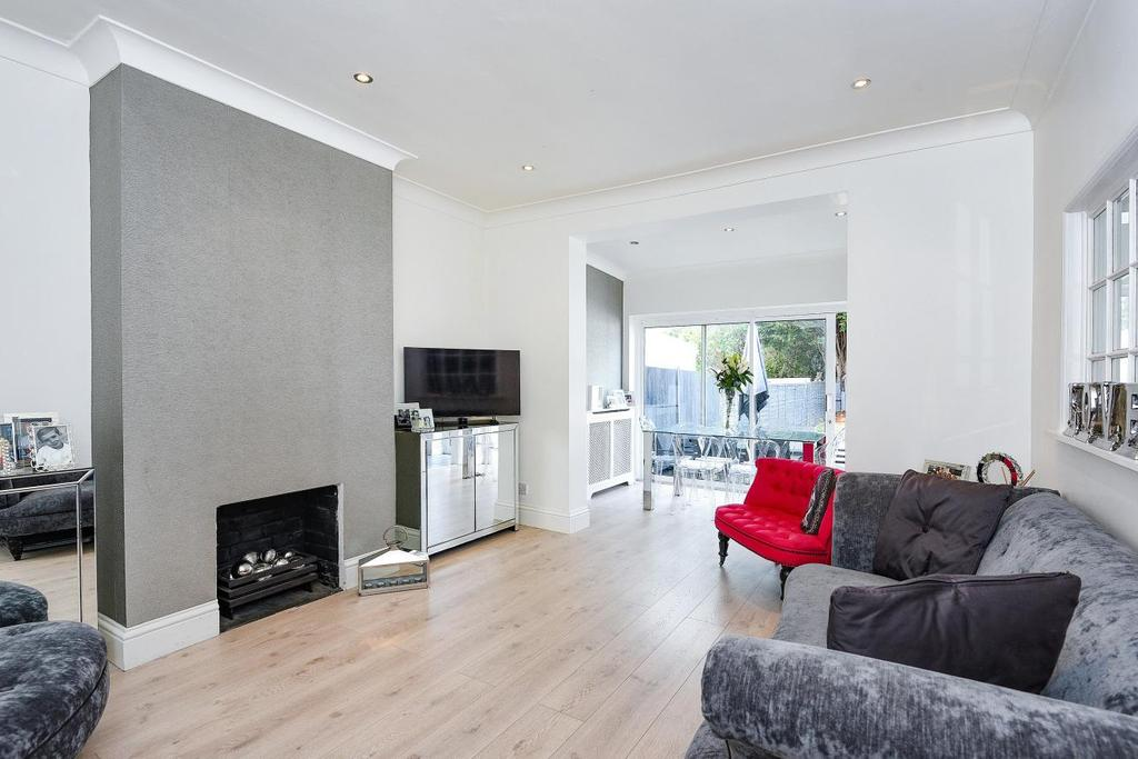 2 Bedrooms Bungalow for sale in Mainridge Road, Chislehurst