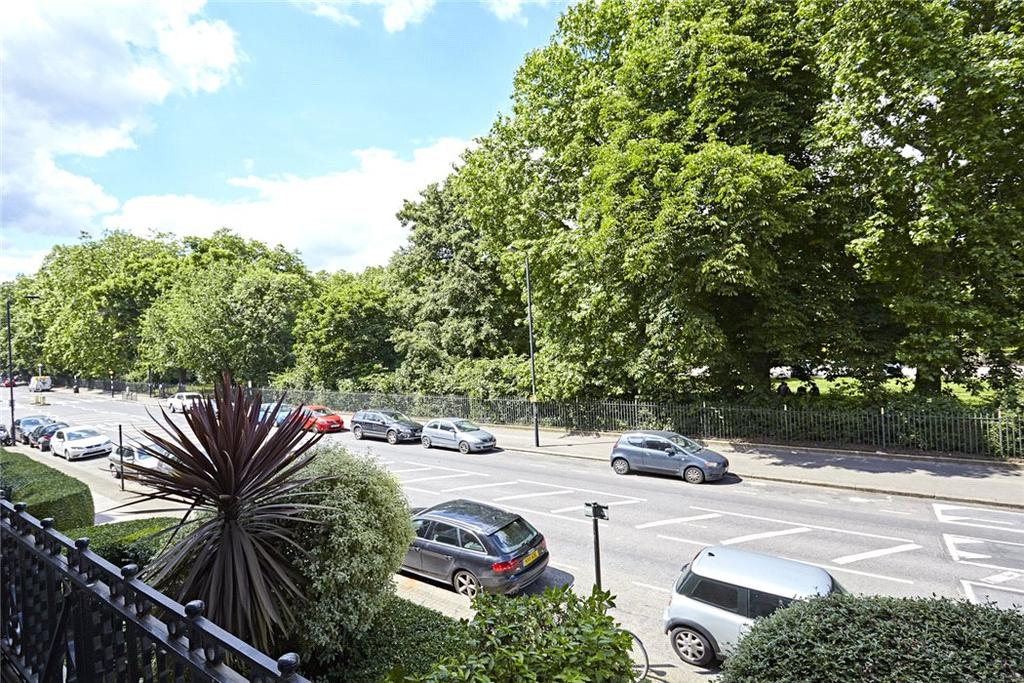 3 Bedrooms Flat for sale in Primrose Mansions, Prince of Wales Drive, London, SW11