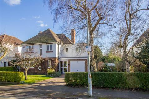 4 bedroom detached house to rent - Westfield Drive, Loughborough LE11