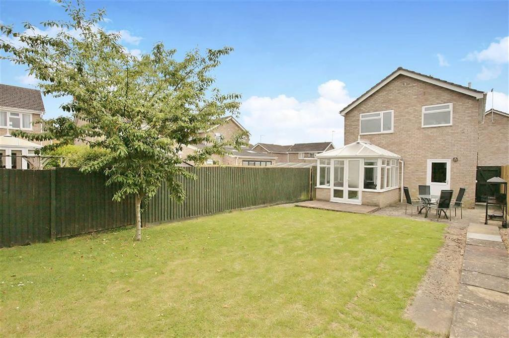 3 Bedrooms Detached House for sale in Washle Drive, Middleton Cheney, Oxfordshire, OX17