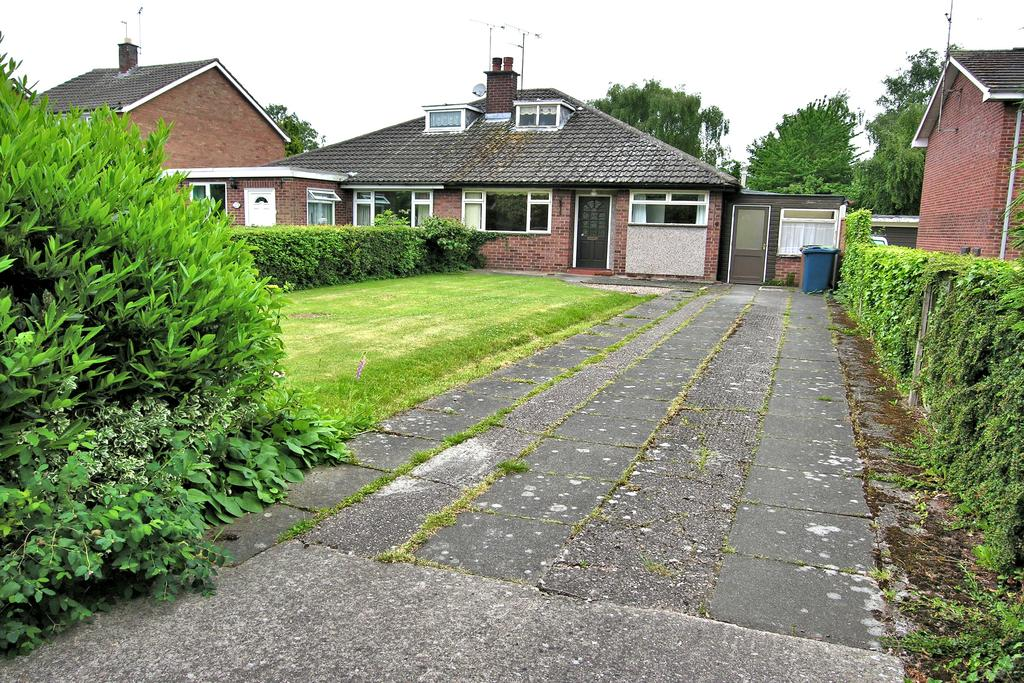 3 Bedrooms Semi Detached Bungalow for sale in STOCKTON LANE, WEEPING CROSS, STAFFORD ST17