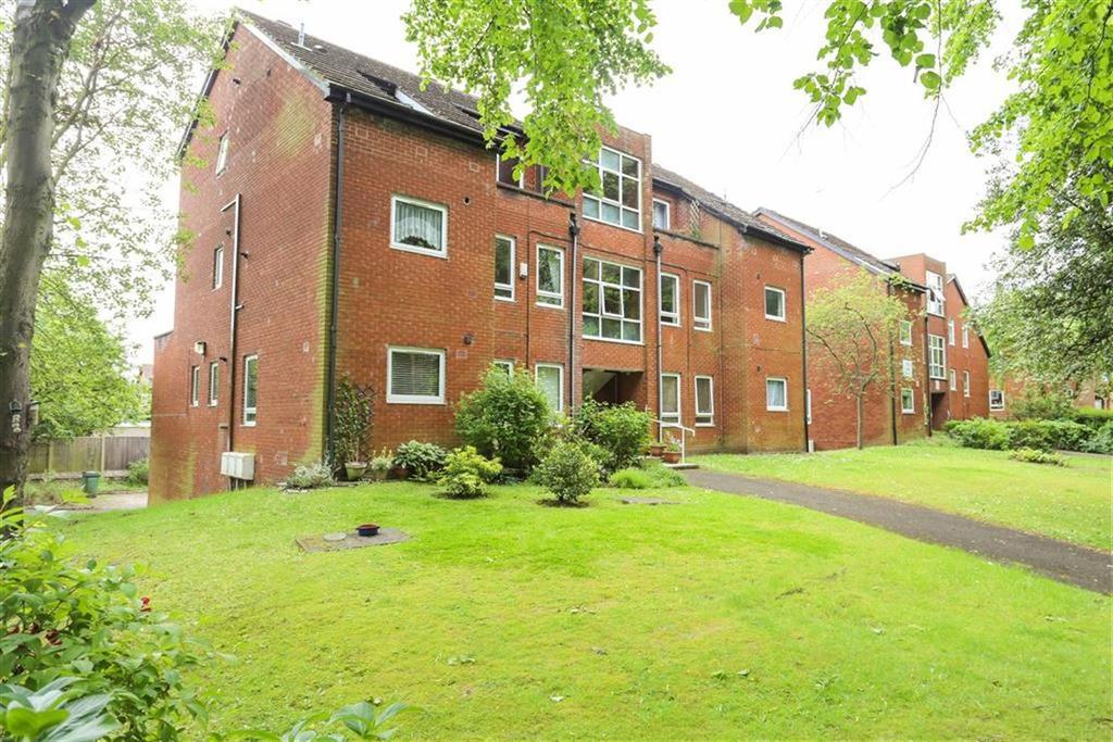 2 Bedrooms Flat for sale in Heaton Moor Road, Heaton Moor