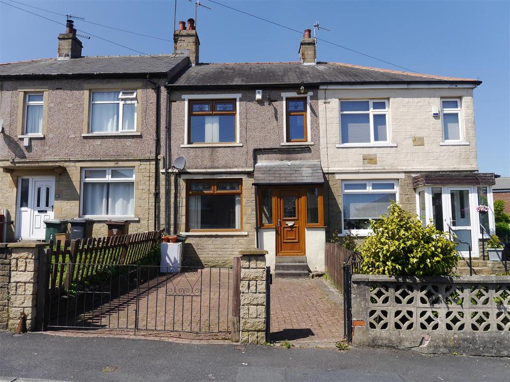 2 Bedrooms Town House for sale in Yarwood Grove, Bradford, BD7 4RN