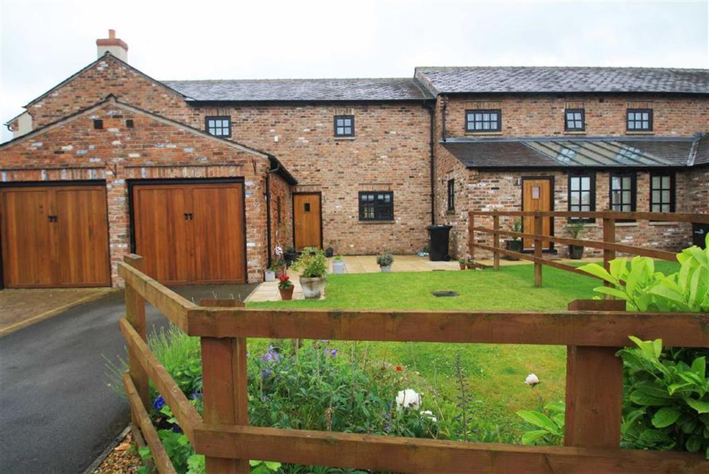 2 Bedrooms Mews House for sale in Bolshaw Farm, Bolshaw Farm Lane, Heald Green