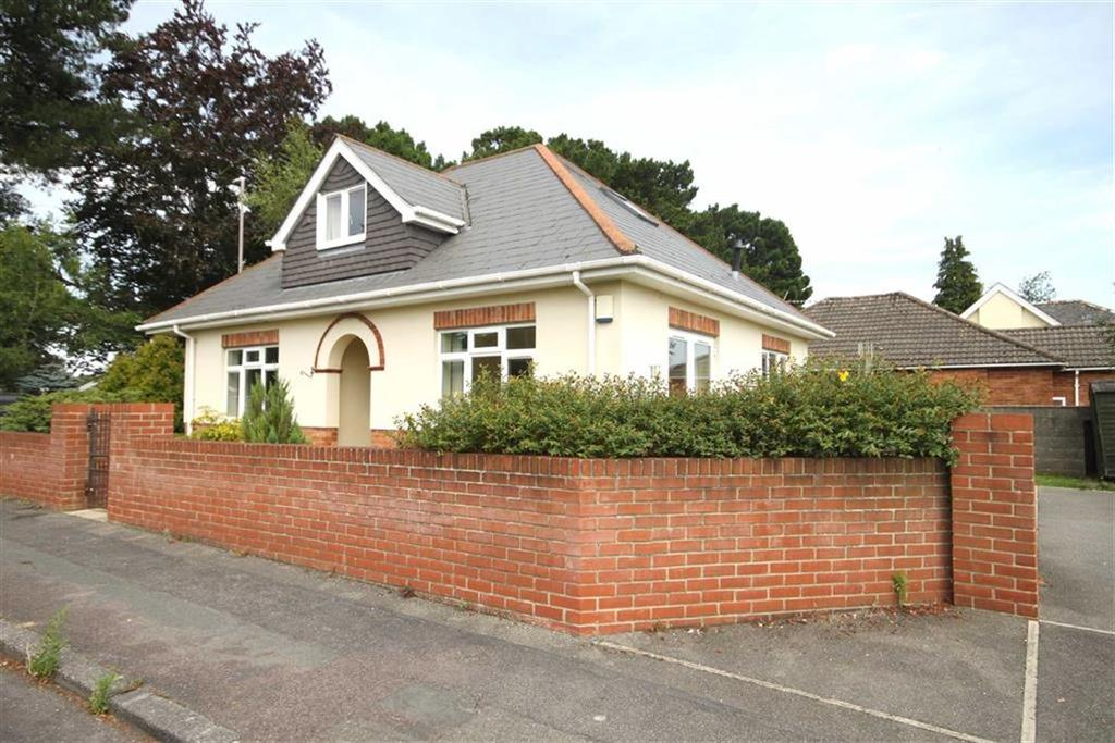 4 Bedrooms Detached Bungalow for sale in Redhill Drive, Bournemouth, Dorset