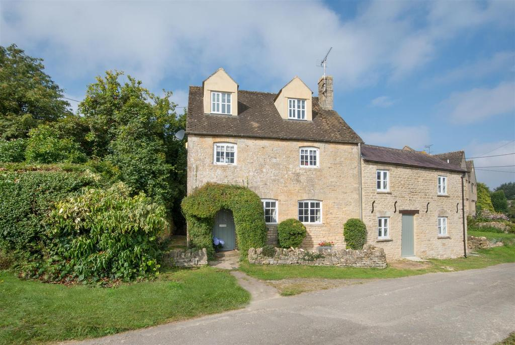 4 Bedrooms Detached House for sale in Clapton-on-the-Hill, Gloucestershire