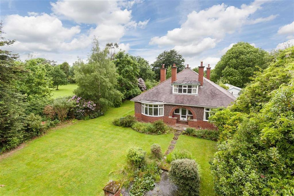 4 Bedrooms Detached House for sale in Church Lane, Mobberley