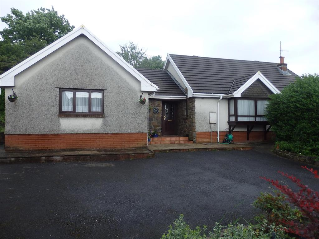 4 Bedrooms Detached Bungalow for sale in Frondeg Terrace, Llanelli