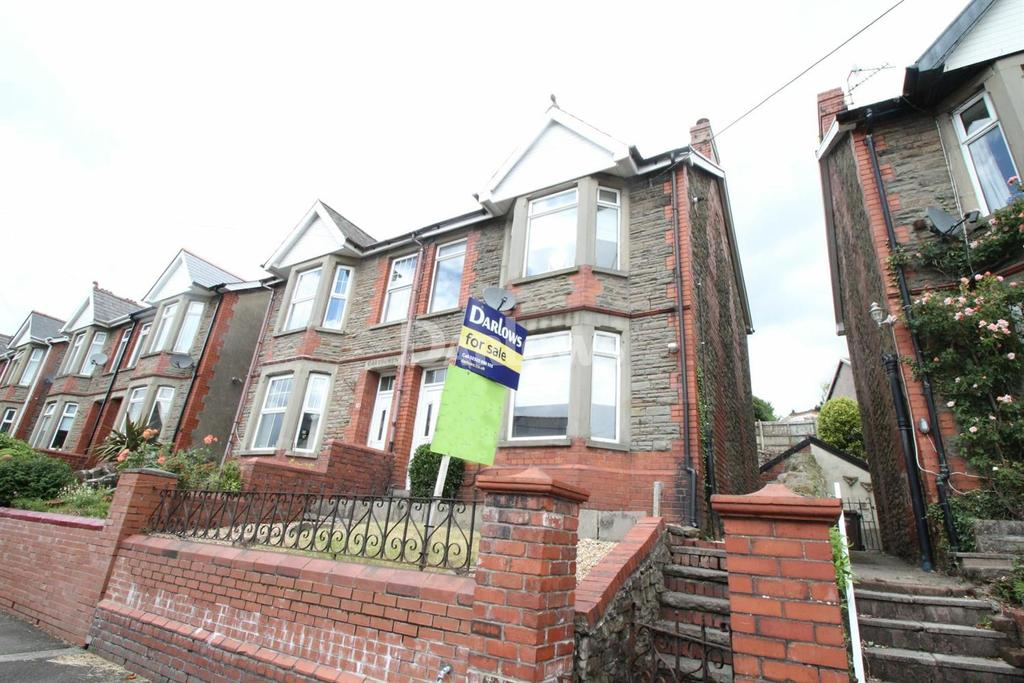 3 Bedrooms Semi Detached House for sale in Tydfil Road, Bedwas