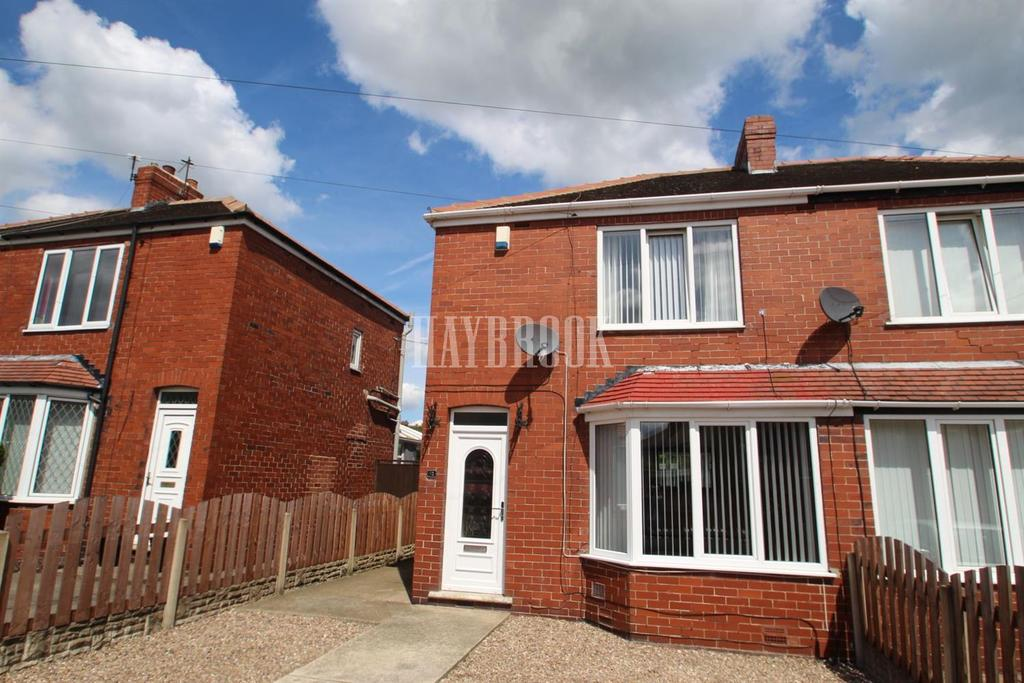 3 Bedrooms Semi Detached House for sale in West Avenue, Wombwell
