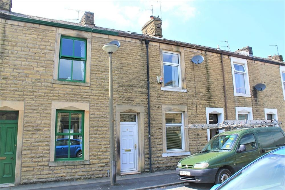 4 Bedrooms Terraced House for sale in Queen Street, Whalley, Clitheroe, Lancashire