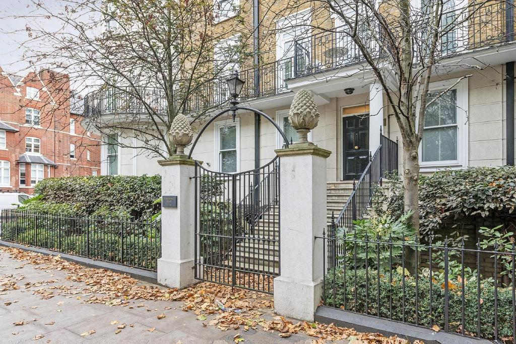 2 Bedrooms Flat for sale in Holland Park Avenue, Holland Park