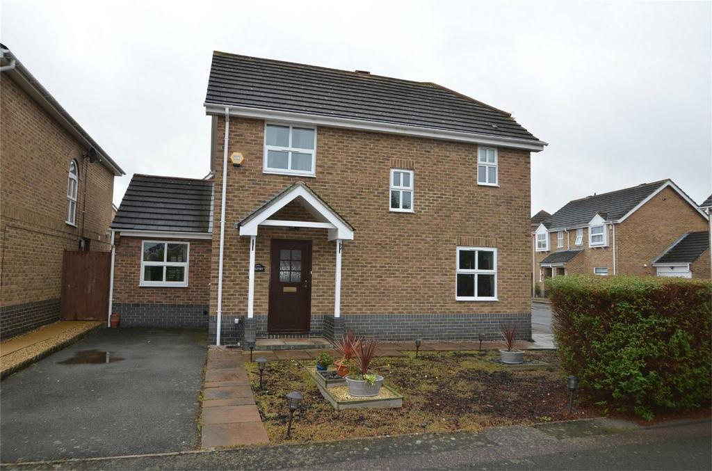 3 Bedrooms Detached House for sale in Mitre Close, BEDFORD