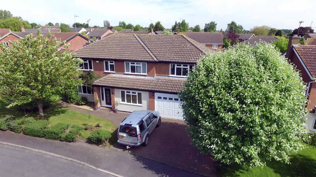 5 Bedrooms Detached House for sale in Granary Close, Kibworth, Leicester