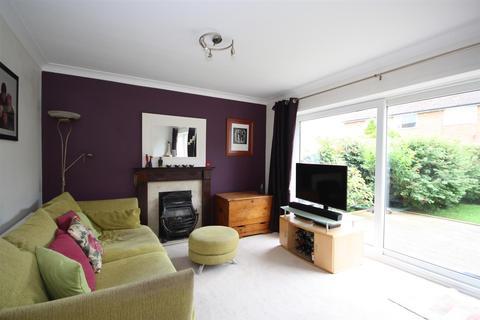 4 bedroom semi-detached house for sale - Brownberrie Lane, Horsforth