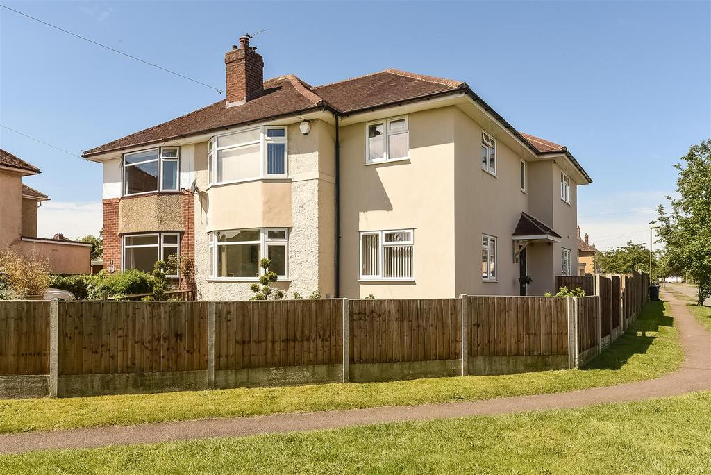 4 Bedrooms Semi Detached House for sale in Burdell Avenue, Headington, Oxford