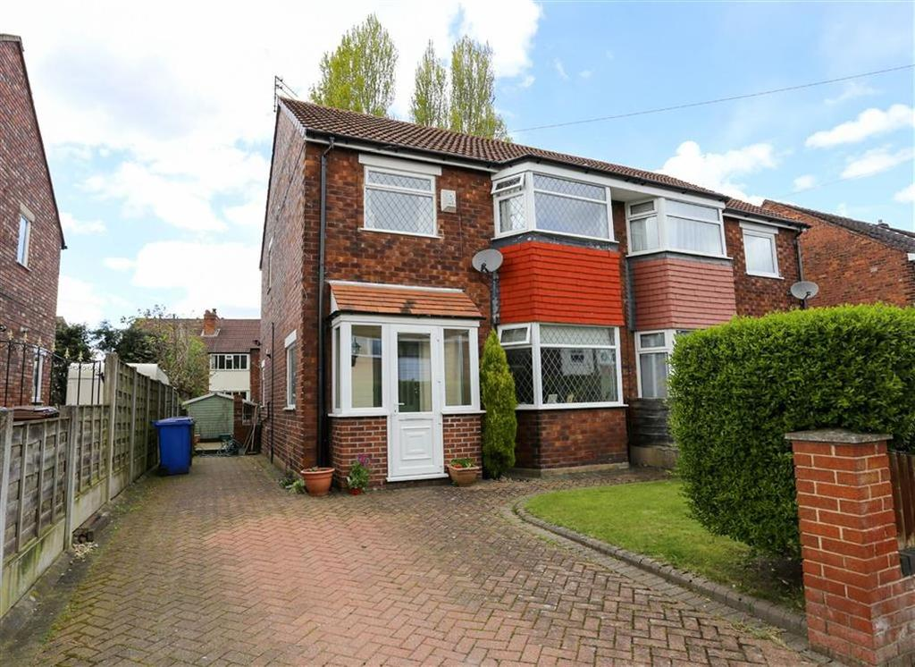3 Bedrooms Semi Detached House for sale in Hartington Road, Great Moor, Stockport
