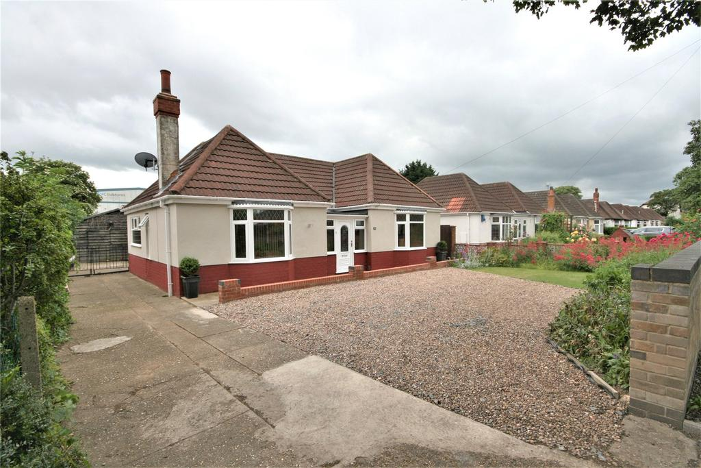 3 Bedrooms Detached Bungalow for sale in Woad Lane, Great Coates, DN37