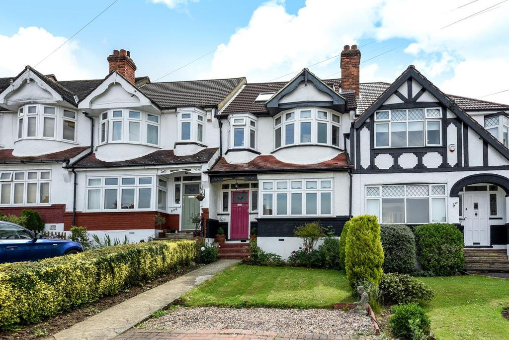 4 Bedrooms Terraced House for sale in Langley Way, West Wickham, BR4