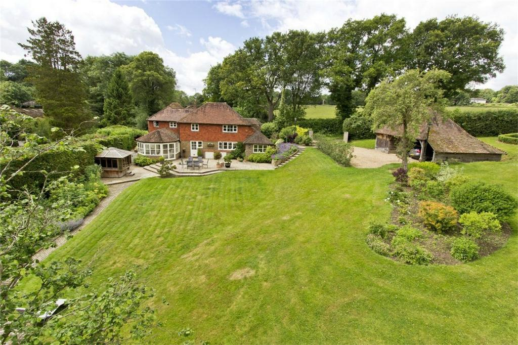 4 Bedrooms Detached House for sale in Hartfield Road, COWDEN, Kent
