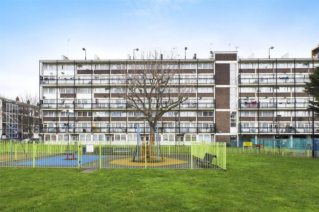 2 Bedrooms Flat for sale in Storey House, Cottage Street, London, E14
