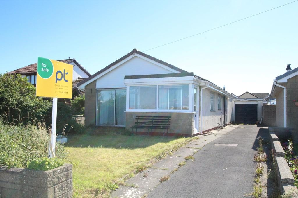 2 Bedrooms Detached Bungalow for sale in Tideway Drive, Walney