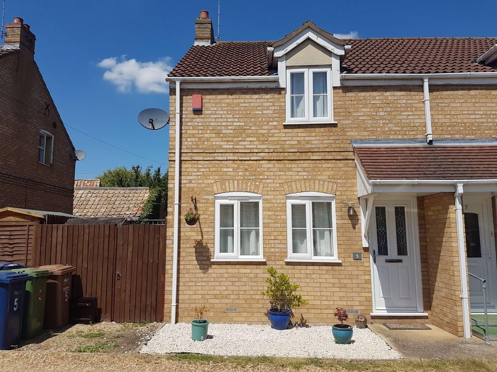 2 Bedrooms Semi Detached House for sale in Kempston Court, Chatteris