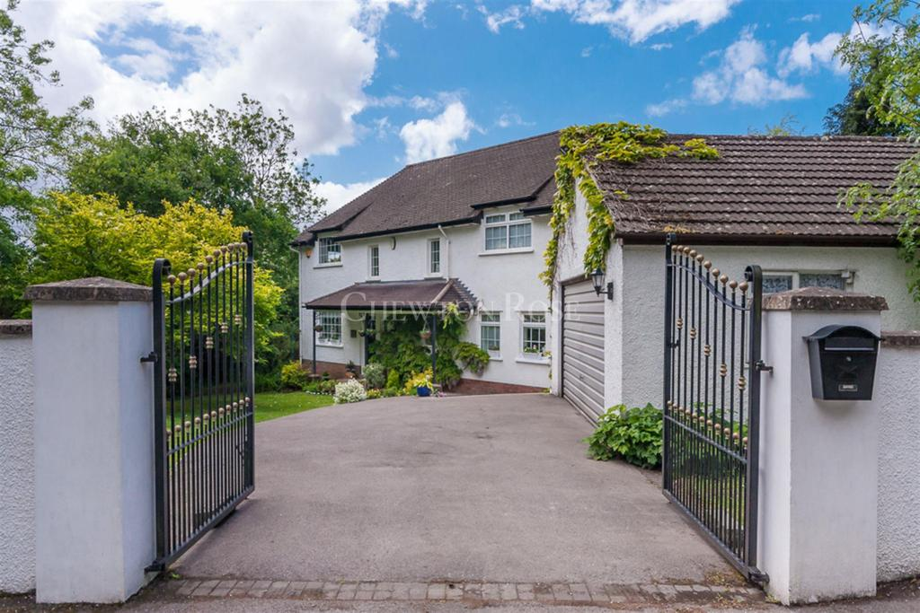 4 Bedrooms Detached House for sale in Dinas Powys, Vale of Glamorgan