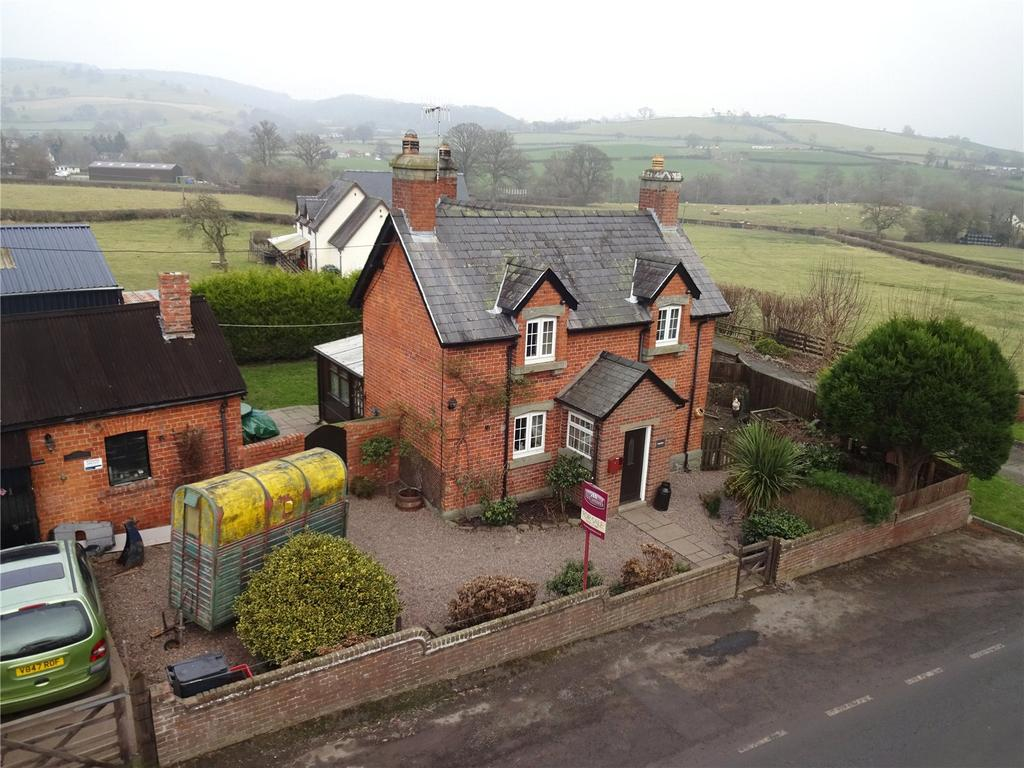 3 Bedrooms Detached House for sale in Forden, Welshpool, Powys