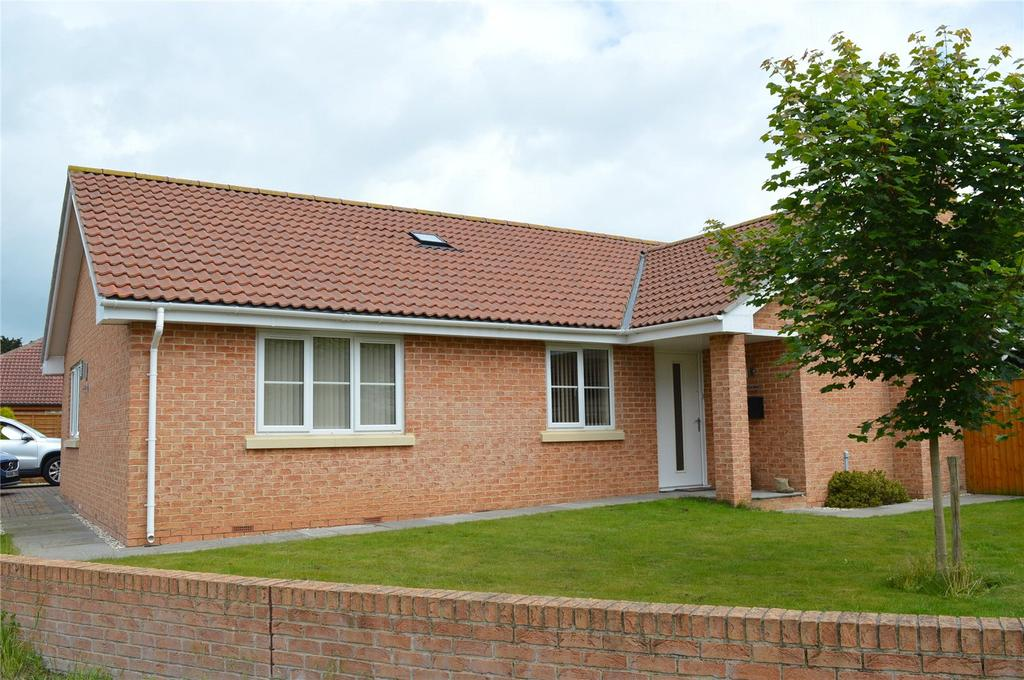 3 Bedrooms Bungalow for sale in Berrow Road, Burnham-on-Sea, Somerset, TA8