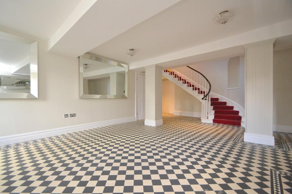 2 Bedrooms Apartment Flat for sale in New Street, Chelmsford