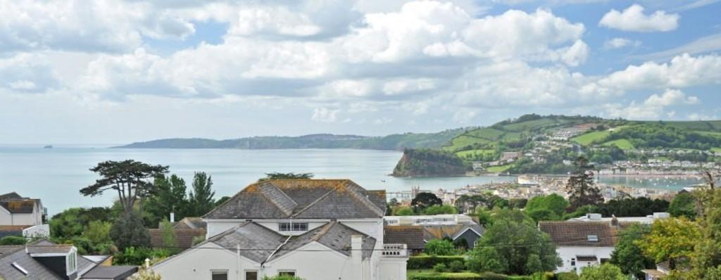 2 Bedrooms Apartment Flat for sale in Bramble, Luscombe House