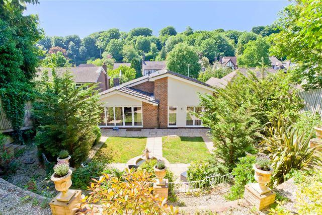 3 Bedrooms Detached Bungalow for sale in Woodland Drive, Hove