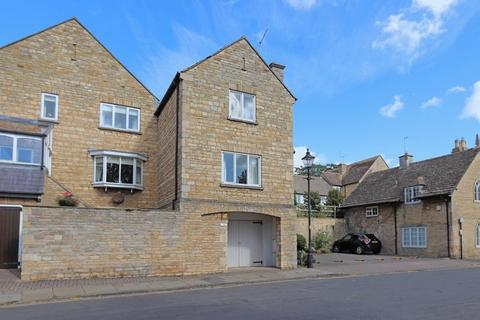 2 bedroom townhouse to rent - Bath Row, Stamford