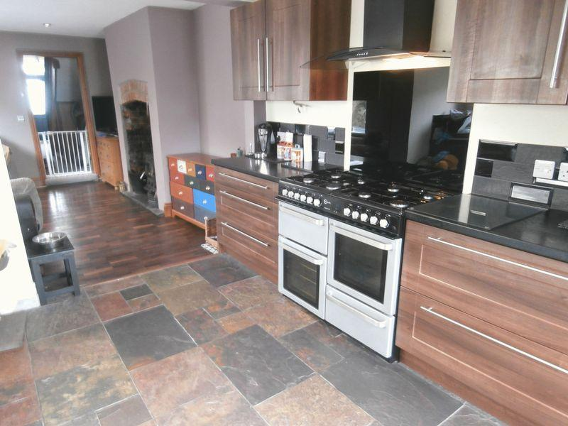 4 Bedrooms Terraced House for sale in High Brighton Street, Withernsea