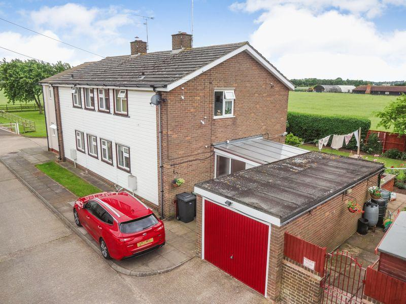 3 Bedrooms Semi Detached House for sale in New Road, Maulden