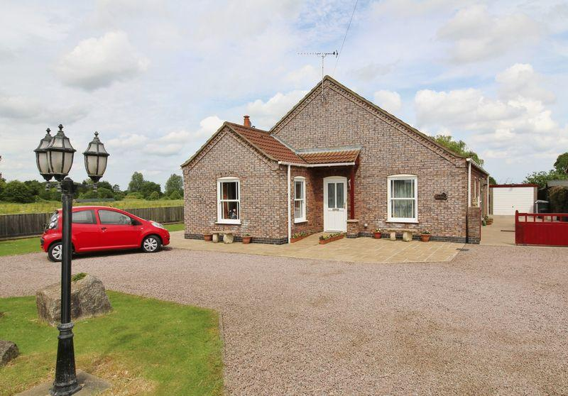 3 Bedrooms Detached Bungalow for sale in Alford Road, Willoughby