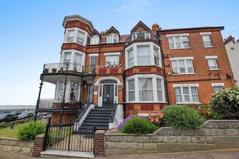1 Bedroom Apartment Flat for sale in Grosvenor Court, Westcliff-On-Sea