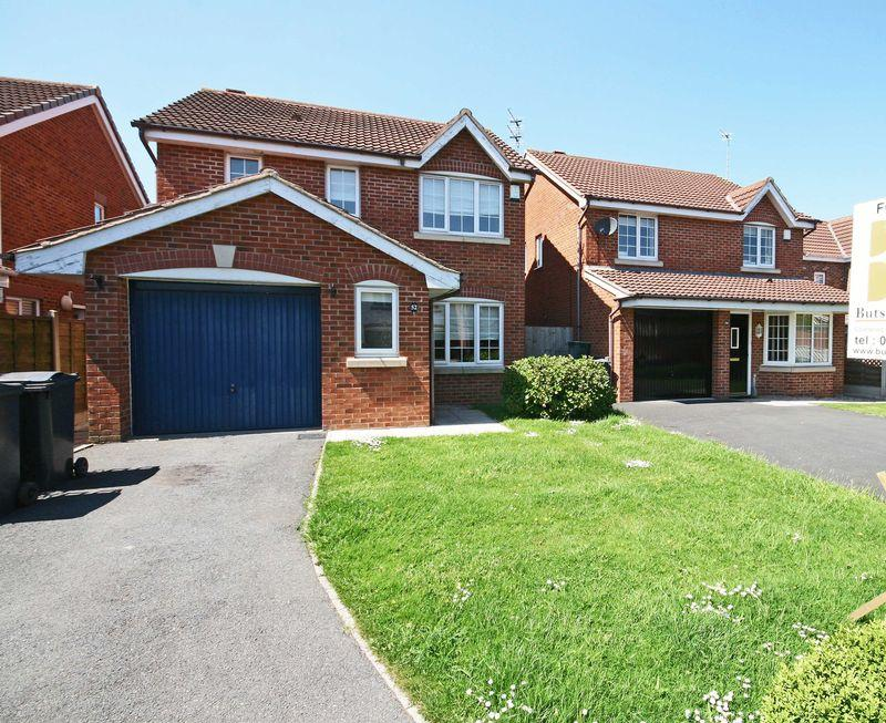 3 Bedrooms Detached House for sale in Bearwood Way, Thornton-Cleveleys