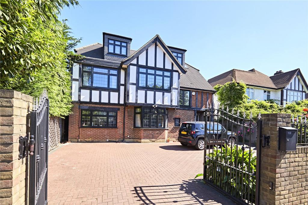 5 Bedrooms Detached House for sale in Coombe Lane, Kingston Upon Thames, Surrey, SW20
