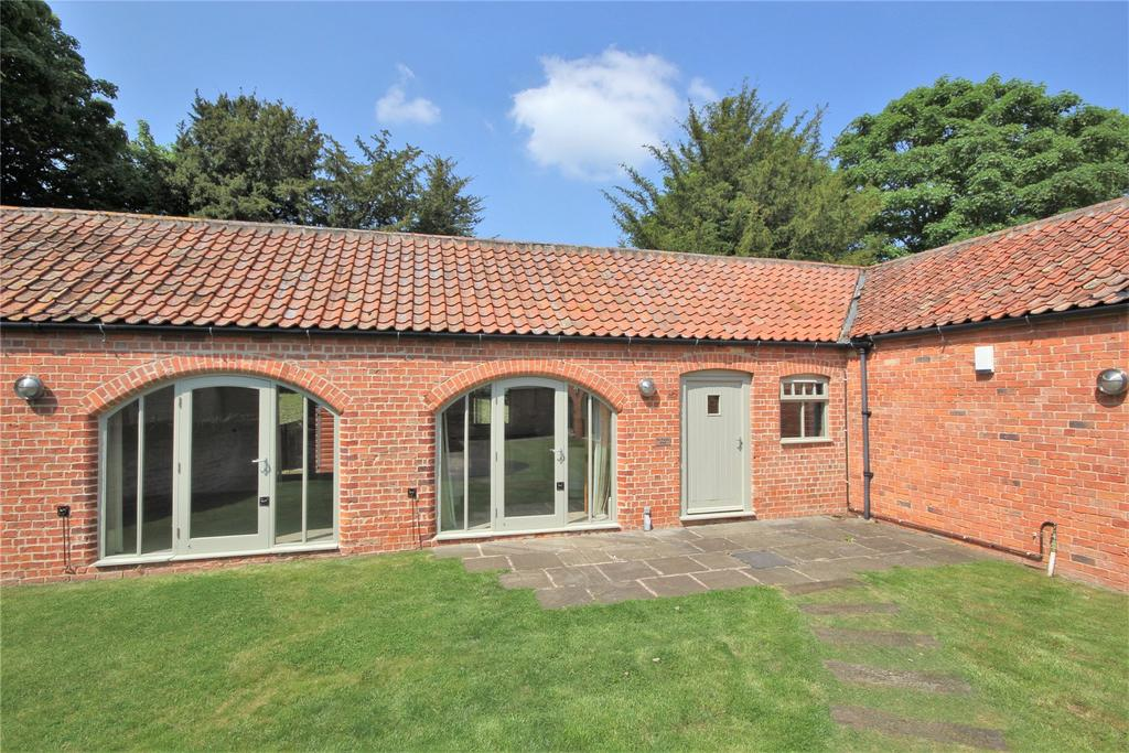 3 Bedrooms Semi Detached House for sale in Holme Farm Barns, Bloxholm, LN4