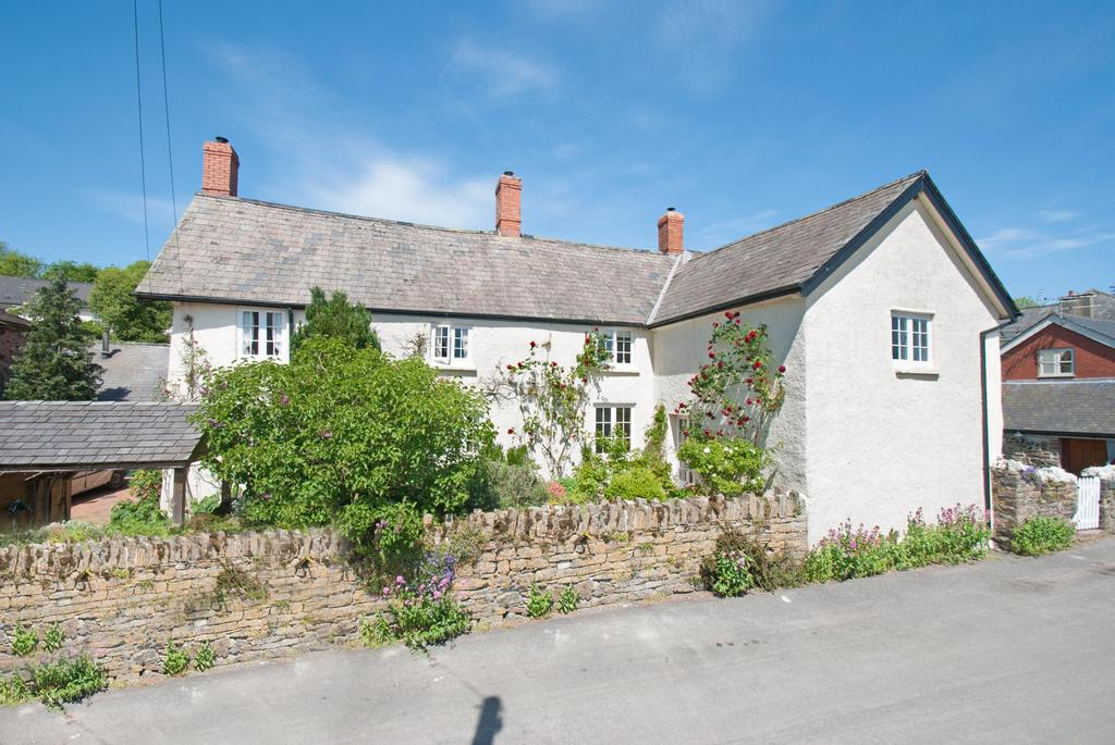6 Bedrooms Detached House for sale in Morebath, Tiverton