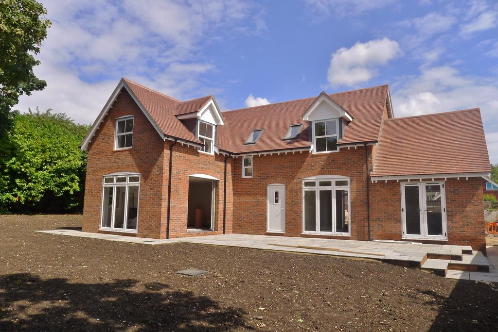 5 Bedrooms Detached House for sale in WALLINGTON - NEW BUILD