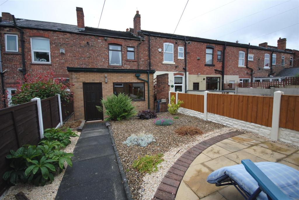 3 Bedrooms Terraced House for sale in Rylands Street, Wigan