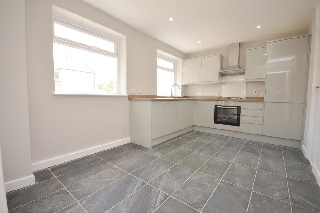3 Bedrooms Terraced House for sale in Foxborough Gardens Brockley SE4