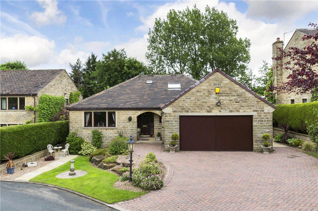 4 Bedrooms Detached House for sale in Castle Croft, Long Lane, Harden, Bingley