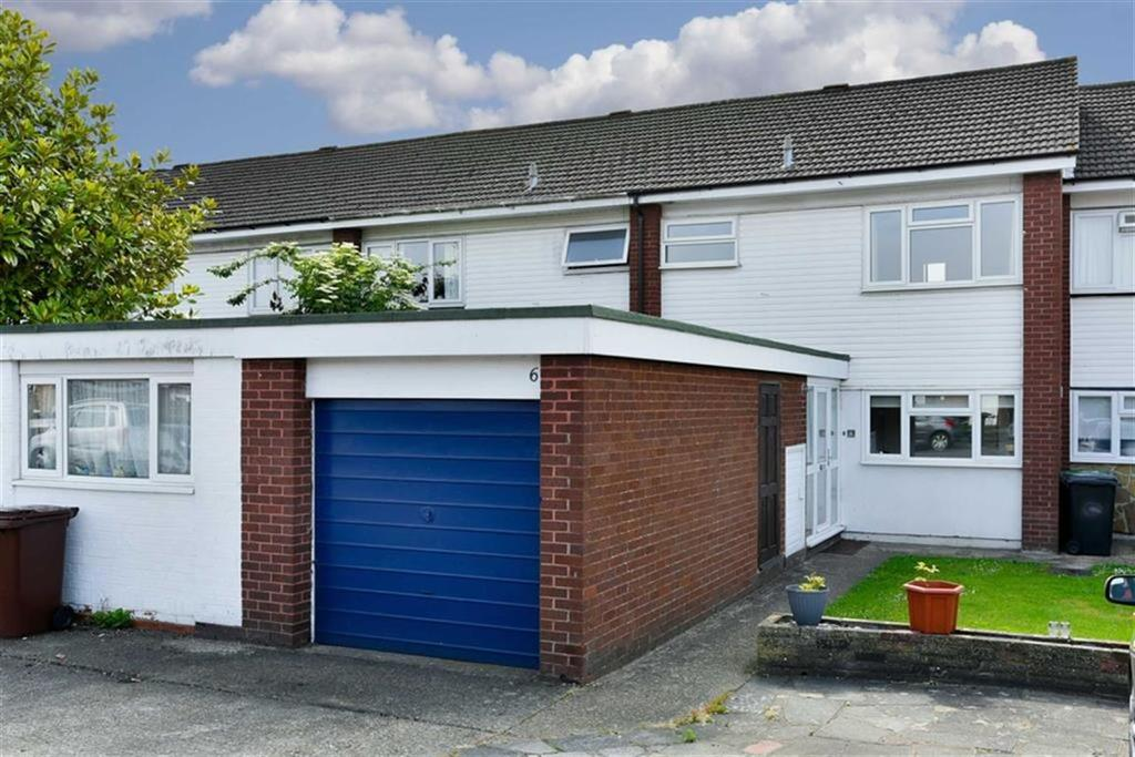 3 Bedrooms Terraced House for sale in Andover Close, Epsom, Surrey