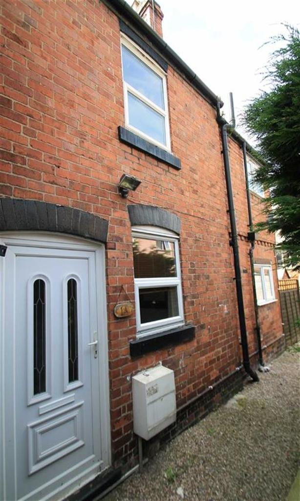 2 Bedrooms Semi Detached House for sale in Yale Street, Johnstown, Wrexham