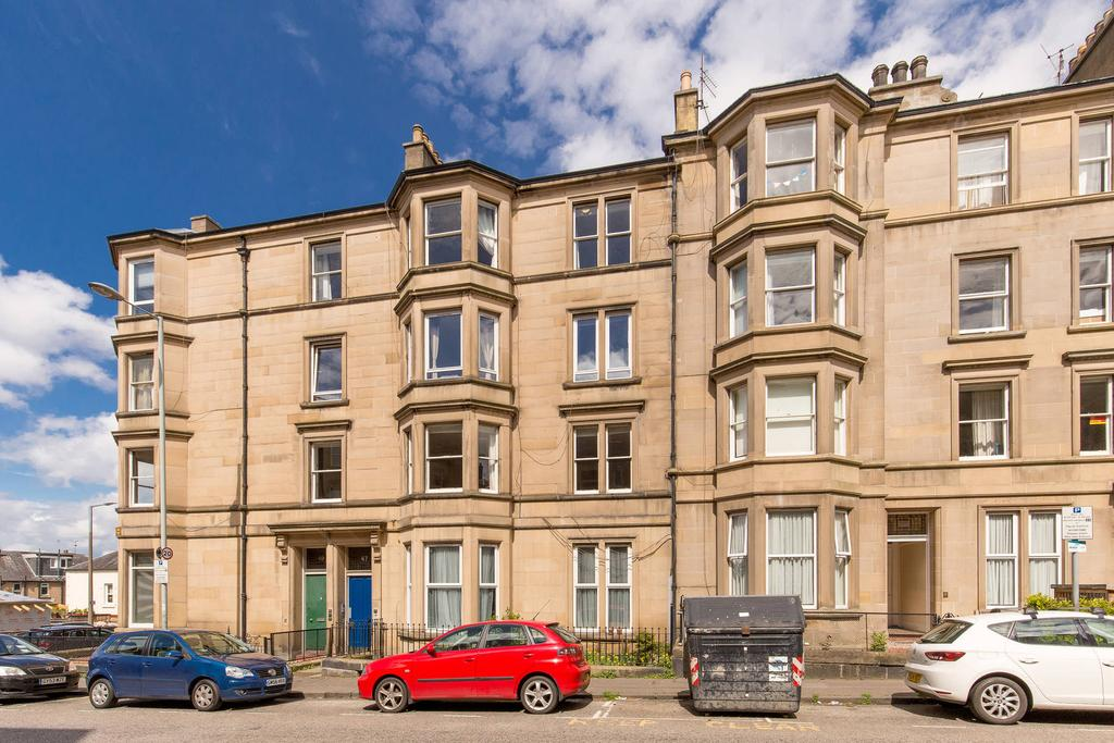 2 Bedrooms Flat for sale in 47 1F1 Polwarth Gardens, Polwarth, EH11 1LB